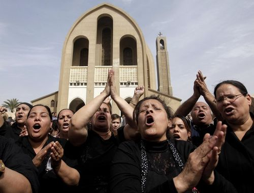 Egypt-Christians-funeral-attacked