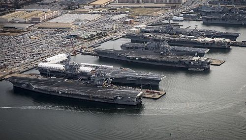 Navy Carriers lincoln