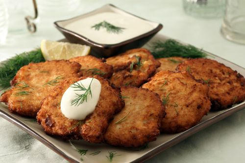 Latke-with-creamy-dip
