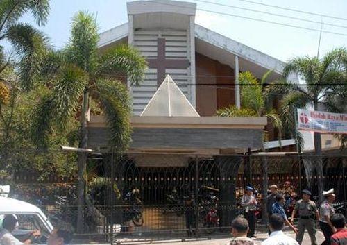 INDONESIA_-_immagine_chiesa_protestanteok